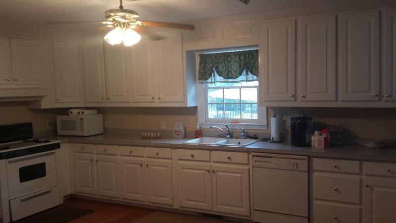 Atlanta kitchen cabinets custom kitchen cabinet for Best prices kitchen cabinets